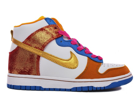 Nike-Dunk-Swan-Metallic-Gold